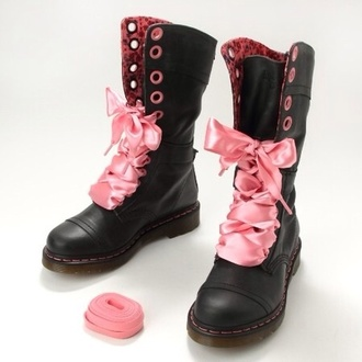 shoes drmartens boots girly pink bow leather black