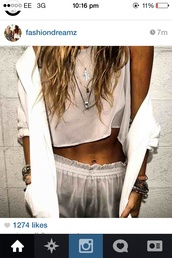 pants,shorts,crop tops,jacket,tank top,clothes,jewels,sexy,jewelry,nightwear,layered,necklace,mini shorts,white shorts,blouse,white,casual,large,satin,silk,whit blazer,cardigan,shiffronshorts,see through,seethroughshorts,beige top,see through top