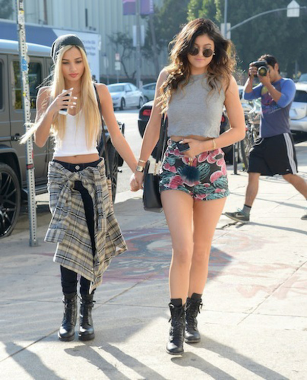 tank top kylie jenner white tank top grey tank top fashion shirt hat pia mia perez shorts shoes