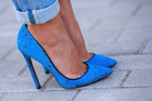 shoes blue pointy heels