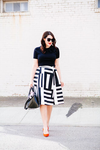 kendi everyday blogger midi skirt black and white black and white skirt optical