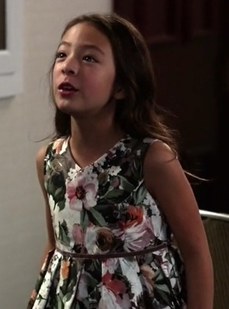 dress lily tucker-pritchett modern family aubrey anderson-emmons kids fashion floral grey