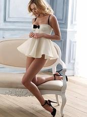 underwear,lingerie,black and white,sexy,sweet,nightie,bridal lingerie,nightwear,victoria's secret,sexy lingerie,bow,black bow,dress,white dress cute bow short,top,short,white,bow dress,short dress