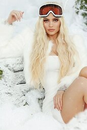 dress,all white everything,kylie jenner,kardashians,celebrity,winter outfits,mini dress