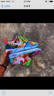 shoes,nike running shoes,nike shoes,nike air max 90,flowered shoes,nike,floral shoes,style,nice,lovely,color way,roshe runs,pattern,trainers,shorts,floral,tropical,roshe runs nike