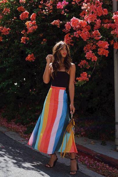 skirt rocky barnes colorful top blogger instagram rainbow midi skirt sandal heels black top mini bag