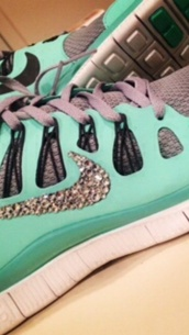 shoes,nike shoes,nike running shoes,fitness,cute dress,cute high heels,blue dress,green dress,style,sportswear,cute top,grey sweater,workout leggings,nike air,nike sweater,nike free run,nike shoes womens roshe runs,nike shoes with leopard print,nike flyknit,pajamas