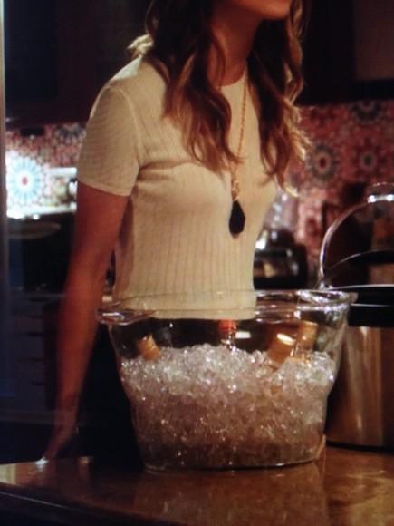 90210 naomi clark annalynne mccord