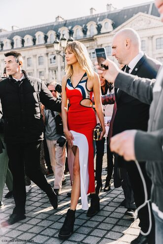 dress fashion week street style fashion week 2016 fashion week ny fashion week 2016 karlie kloss model model off-duty celebrity style celebrity maxi dress red dress asymmetrical asymmetrical dress boots black boots tumblr streetstyle