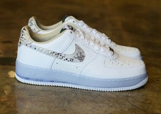 shoes sneakers white sneakers snake print nike air force white nikes