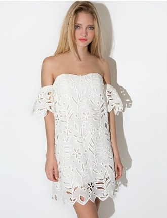 dress cute scalloped eyelet eyelet lace summer summer dress shift shift dress white white dress sweet pixie market pixie market girl sweetheart neckline