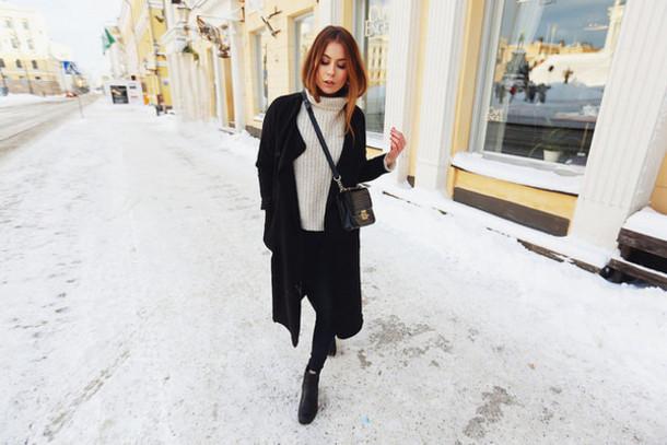 the next episode blogger oversized turtleneck sweater black coat