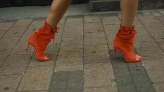 boots orange