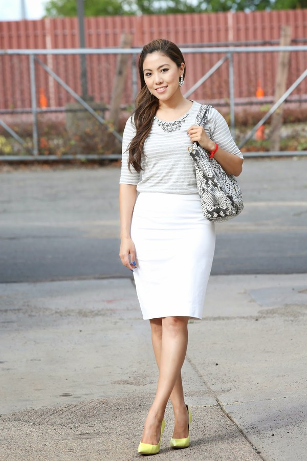 wearing fashion fluently t-shirt skirt bag