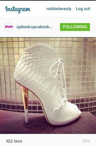 shoes white alligator pumps lace heels gold