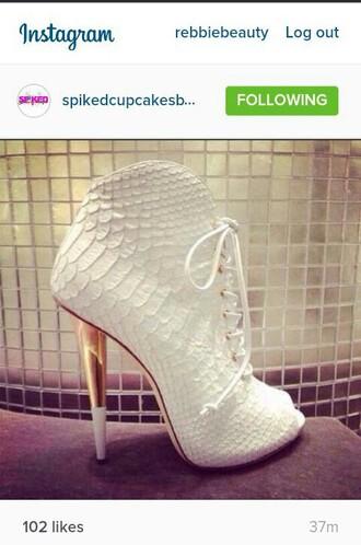 shoes white alligator pumps lace heels gold