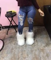 shoes,fur,white,winter boots,fall outfits,cute outfits,boots