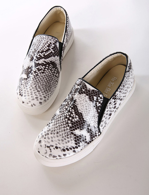Snake print slip on shoes · fashion struck · online store powered by storenvy