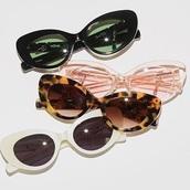 sunglasses,round sunglasses,cat-eyed sunglasses,cat eye,90's fashion