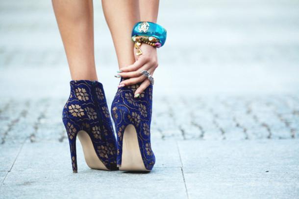 high heels blue shorts high gold summer shoes high heels