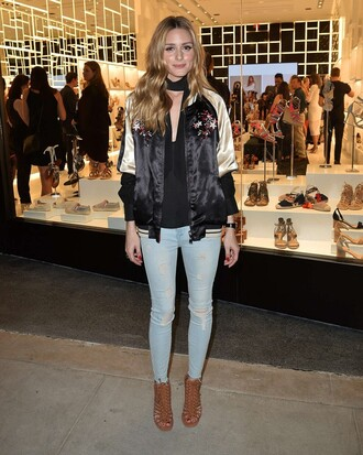 top sandals olivia palermo jacket blogger spring outfits jeans shoes