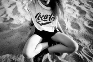 shirt cola coca black white