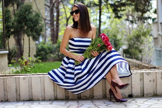 rana demir blogger dress striped dress bustier dress midi dress retro asos sunnies