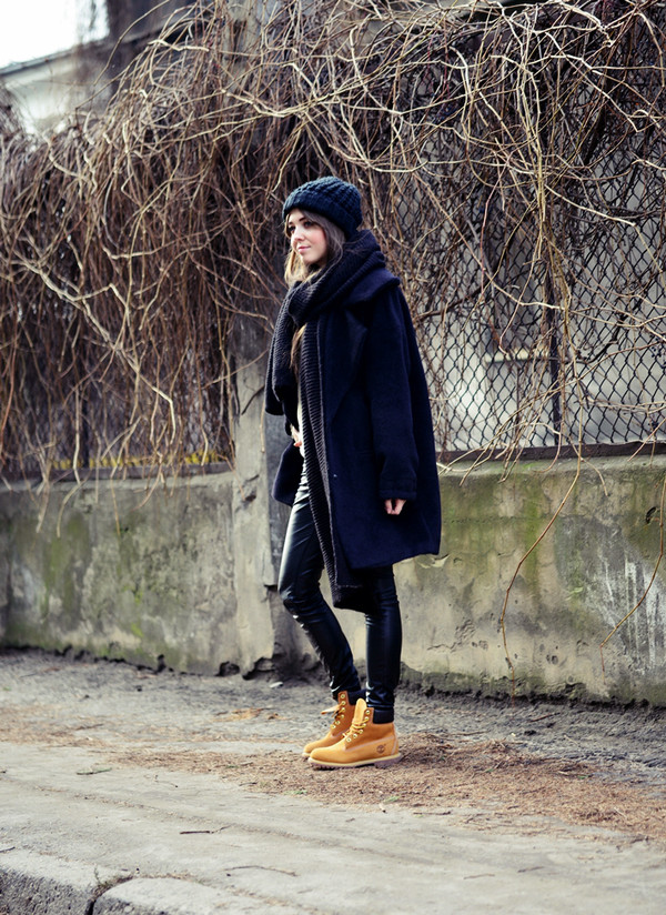 jestem kasia coat scarf pants shoes