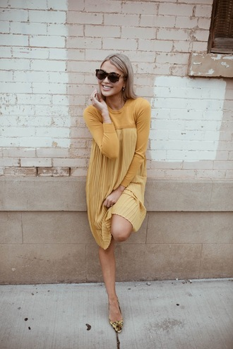 cara loren blogger dress sunglasses yellow dress