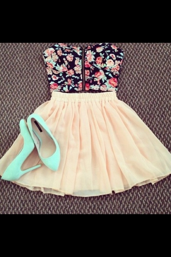 tank top pink floral crop top sunglasses skirt
