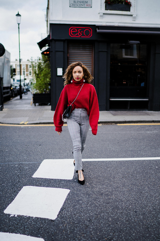 a style diary blogger sweater pants shoes jewels bag sunglasses