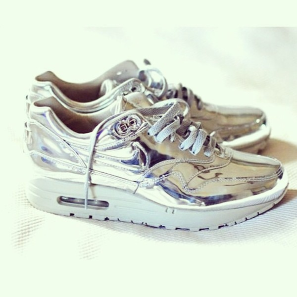shoes silver nike sneakers