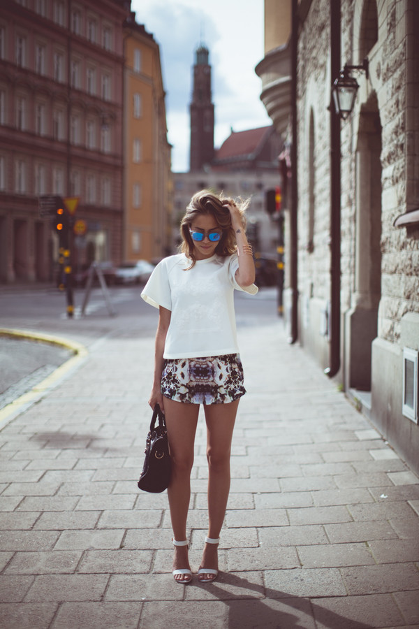kenza top shoes sunglasses bag jewels shorts