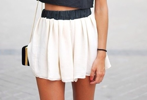 white flowy skirt high waisted skirt highwaisted shorts