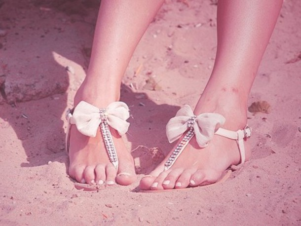 open shoes lace shoes bows beach shoes shoes shorts sandals summer sparkle flip-flops bow shoes bow sandles gemstone