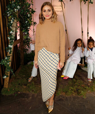 sweater olivia palermo pumps london fashion week 2017 asymmetrical skirt asymmetrical camel