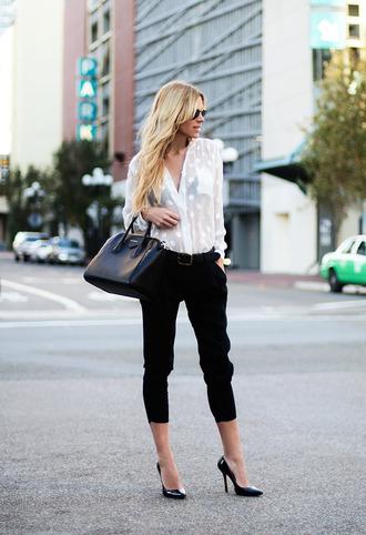 bag shoes pants t-shirt sunglasses belt