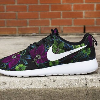 shoes spring spring outfits floral shoes floral roshe runs roshes nike shoes nike nike shoes womens roshe runs nike running shoes fly dope style fashion just do it cute cute shoes