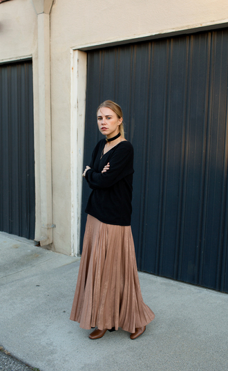 always judging blogger black sweater maxi skirt maxi dress beige dress