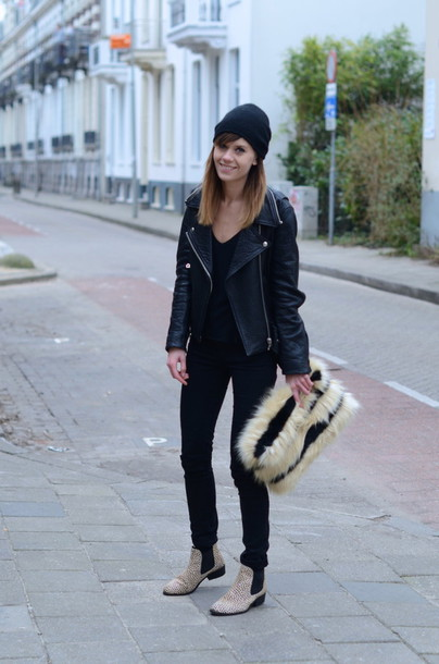 lovely by lucy blogger pouch fluffy perfecto jacket sweater jeans bag shoes furry pouch furry bag ankle boots flat boots beanie black beanie leather jacket black leather jacket