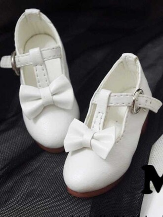 shoes cute white doll bow ribbon flats heel school socks sweet adorable pretty gorgeous little girl buckle
