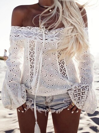 blouse summer sea fashion beach white blouse tan 2017 sand gold lace denim shorts blonde hair white nails long sleeves off the shoulder off the shoulder top