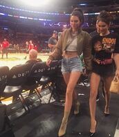 shorts,bella hadid,kendall jenner,model off-duty,crop tops,pumps,belt,jacket,bomber jacket,necklace,instagram,top,jewels,jewelry,statement necklace,model,celebrity style,accessories