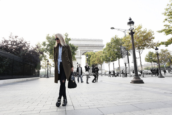 oracle fox blogger jeans bag sunglasses