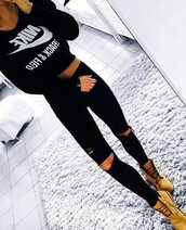 jeans,sweater,nike,nike sweater,black,classy,all black everything,black ripped jeans,nike crop top,blouse,clothes,cropped sweater,black nike logo sweater,tumblr outfit,jacket,jumper,nike jumper,retro,clothes nike,ripped jeans,sportswear,shirt