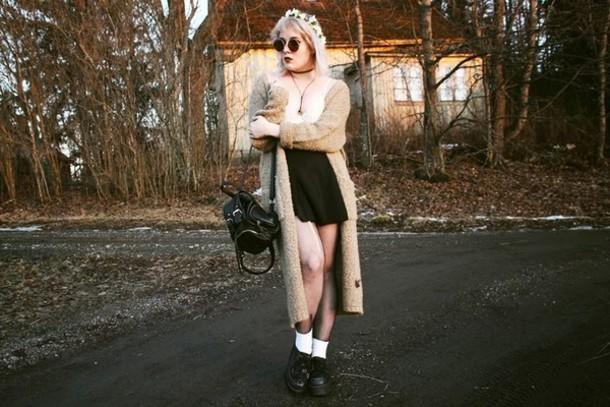thelma malna blogger skirt cardigan top