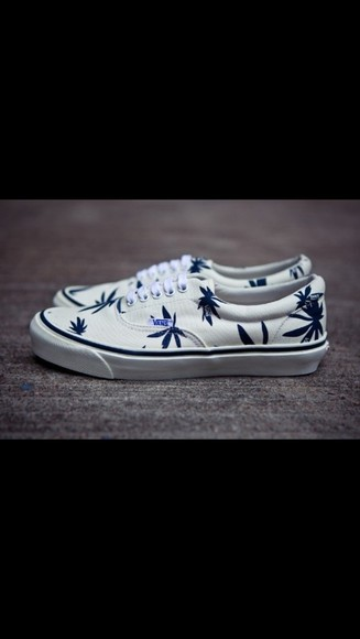 shoes vans vans authentic weed white
