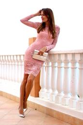 marilyn'scloset,blogger,dress,shoes,bag,jewels,pink dress,lace dress,clutch,metallic clutch,metallic shoes,high heel pumps,bachelorette party outfits