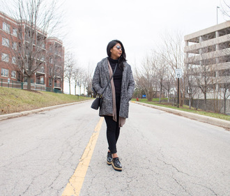 the-colorpalette blogger shoes jeans cardigan coat top bag sunglasses platform shoes winter outfits grey coat crossbody bag