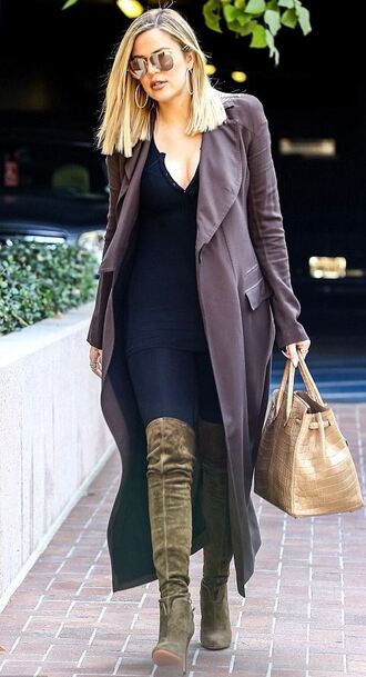 coat top boots knee high boots over the knee boots khloe kardashian jeans fall outfits shoes